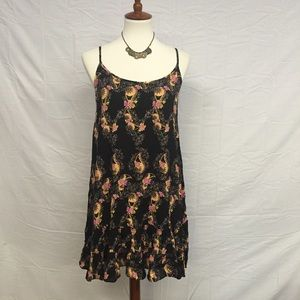 Entro Black Paisley Dress