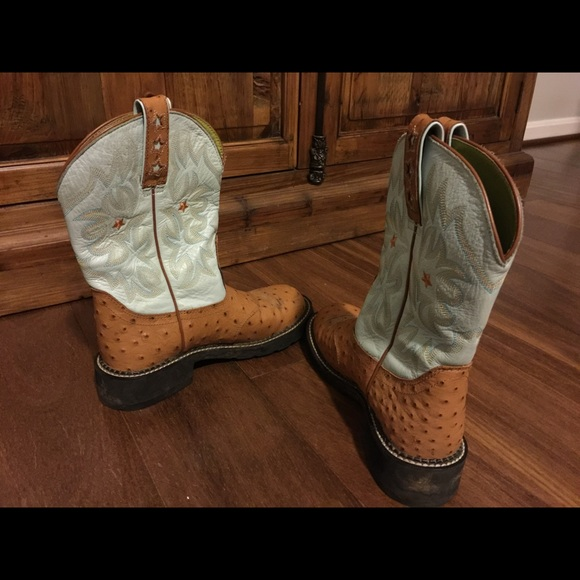 57 Off Ariat Shoes Ariat Fat Baby Boots Ostrich Star