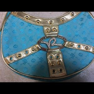 Rocawear Handbags - NWOT! Rocawear mint colored purse 👛