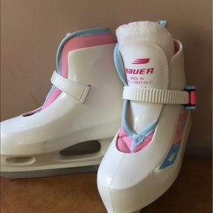 Other - Bauer Ice Skate Shoes ⛸