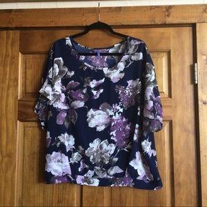 Bluebelle Tops - Flowery split back top