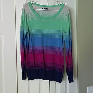 Old Navy Sweaters - Old Navy multicolored sweater