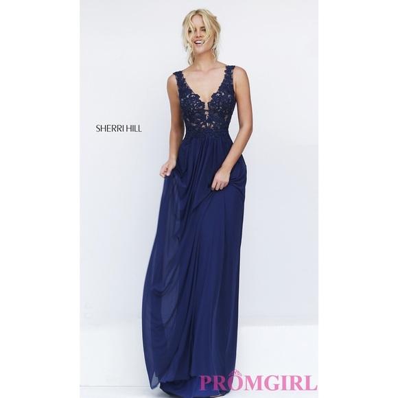 601bbba55ea Sherri Hill Long V-Neck Embroidered Bodice Dress. M 5918ab7b2de5121877011436