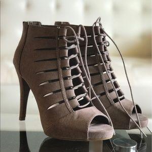 Fergalicious Shoes - Fergalicious laced heels 😍😍