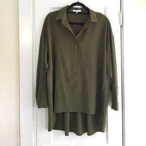 Ro & De Flowy Olive Green Tunic w/ pleats in back