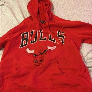 Women s Chicago Bulls Shirt Forever 21 on Poshmark 43866e54a2