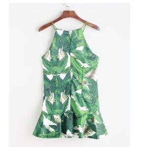 ROMWE Dresses & Skirts - Romwe Leaf Print Dress