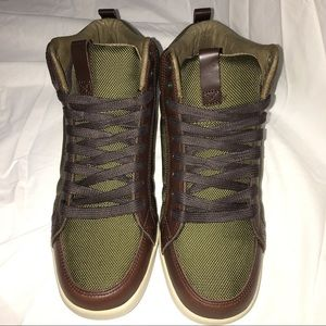 Clae Other - ⚡️Clae Russell Sneakers Men's sz 7