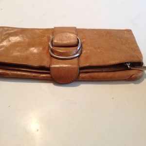 HOBO Handbags - Hobo fold clutch💥💥sale1 hr