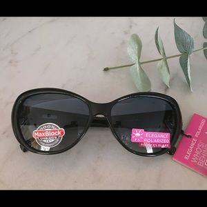 Foster Grant Accessories - NWT Foster Grant Polarized Sunglasses