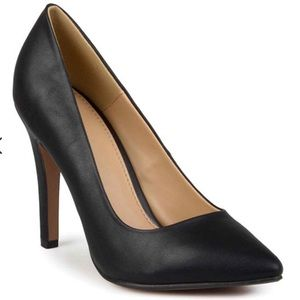 Journee Collection Shoes - Journee Collection Yoko Pointed Toe Pumps Size 6.5