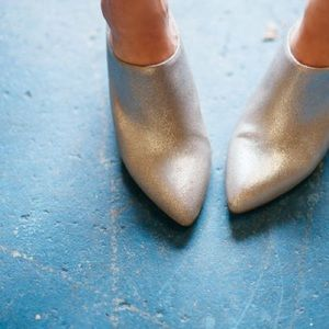 Seychelles Shoes - Got the Answer Metallic Leather Mules