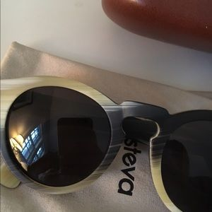 Illesteva Accessories - Illesteva Horn Leonard Sunglasses