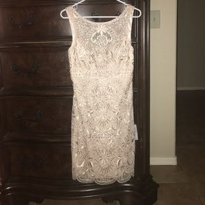 Sue Wong Dresses & Skirts - Sue Wong Size 6 Beaded Champagne Color dress NWT