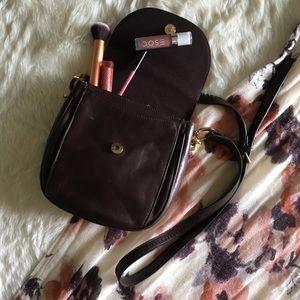 Handbags - 🥂The Leather Co. & Liz Claiborne Crossbody Bag🥂