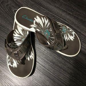Clarks Shoes - Clarks sandals bronze