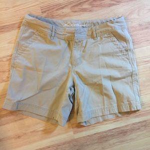 Eddie Bauer Pants - Khaki walking shorts