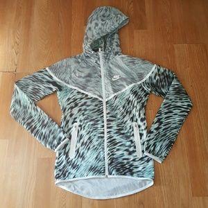 Nike Wind breaker Jacket size xs