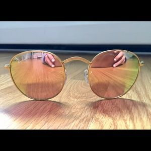 Ray Ban Rounds - rose gold mirror lens, gold frame