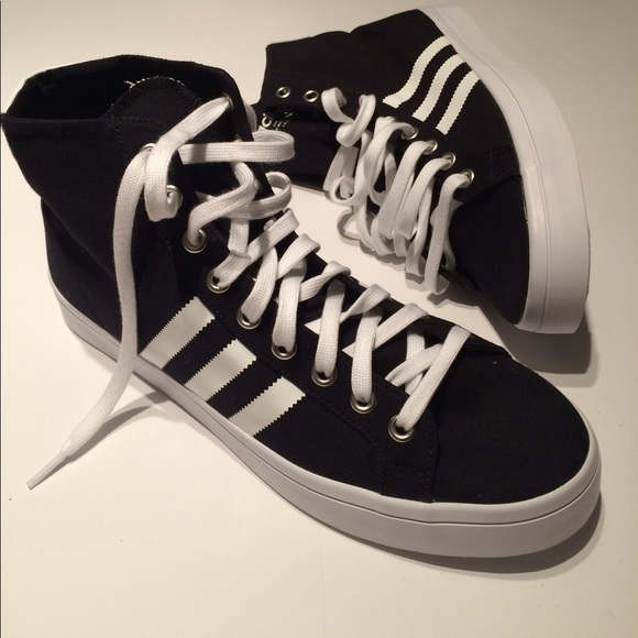 Adidas Court Vantage Mid