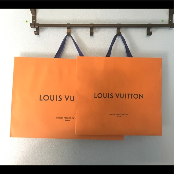 5629be5b6 Louis Vuitton Handbags - Louis Vuitton Paper Bag Bundle
