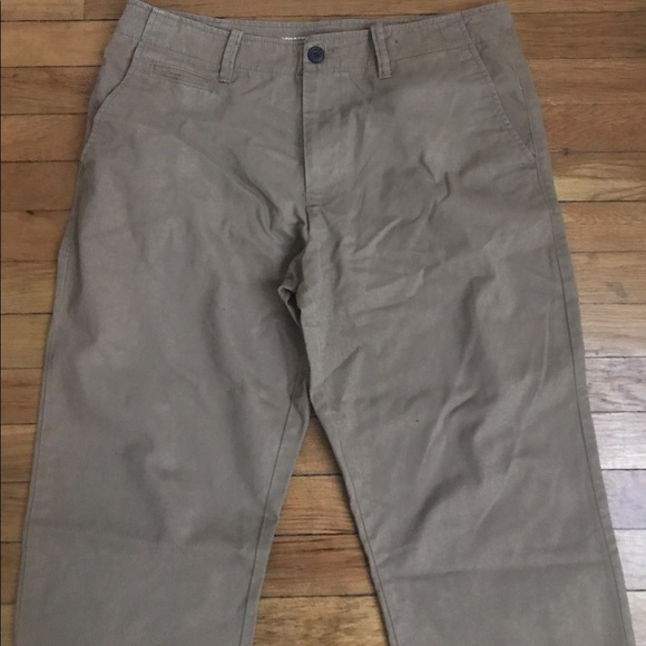 Men's Khaki Pants. Enhance your everyday look with men's khakis from Kohl's. Men's khaki pants are an ideal for work or the weekend! We have all the brands you want, including Men's Dockers Khaki atrociouslf.gq also have all the fits to help you stay on trend, like men's slim khaki atrociouslf.gq shop our other khaki essentials, like men's pleated khaki pants, that will never go out of style.