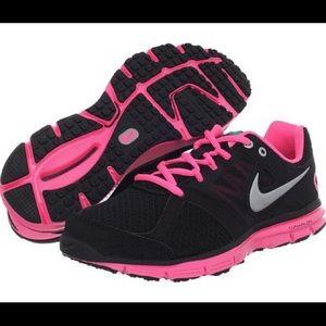 Nike Shoes - ‼️NIKE LUNARLON SNEAKERS‼️