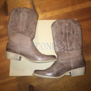 coconuts Shoes - NWT Coconuts Cowgirl Boots