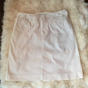 Mossimo Dresses & Skirts - Mossimo white skirt size 4
