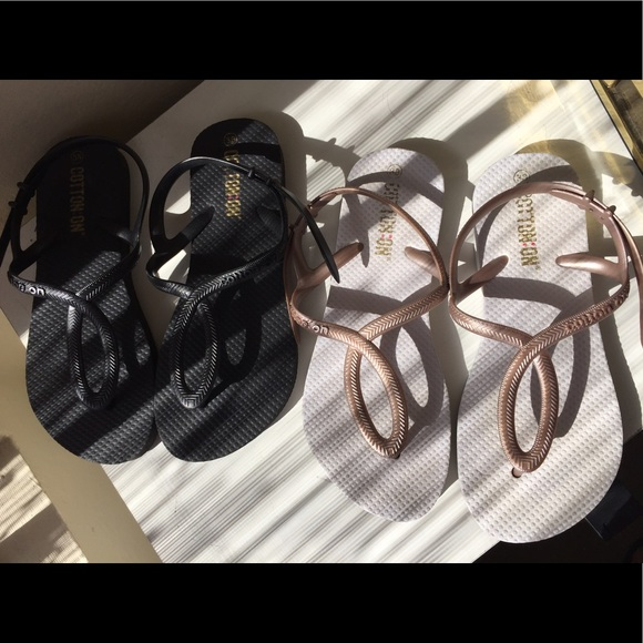 47c313236 Cotton On Shoes - Cotton On - Simple Rubber Sandals - Black   White