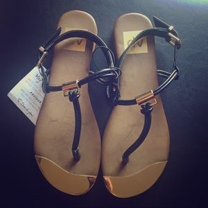 NEW Dolce Vita Black & Gold Sandals