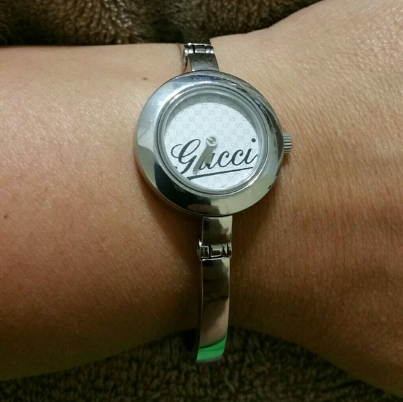 f16894886a4 Gucci Accessories - REDUCED! Authentic Women s Gucci Watch