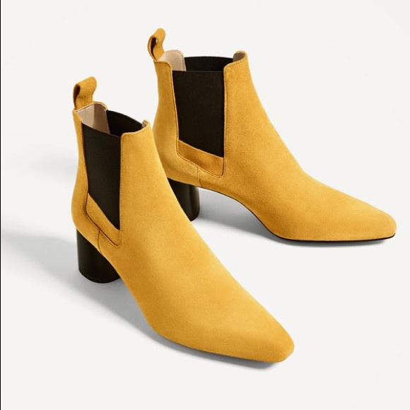 54a9ab9e0 Zara Yellow Suede Ankle Boots. M_593451bb7f0a05ec1900fb4c