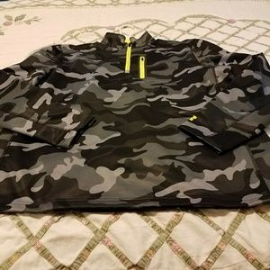 Russell Other - Men's Large Camo pullover