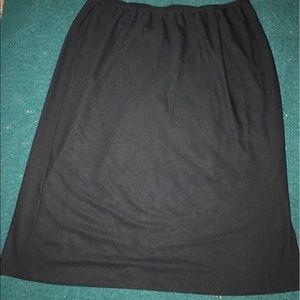 Venezia Dresses & Skirts - Black midi pencil skirt, size 18/20