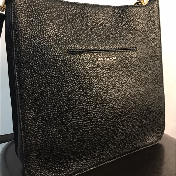 08c52c732be4 Michael Kors Sullivan Large North South Messenger.  M_591937248f0fc455dd10f67b