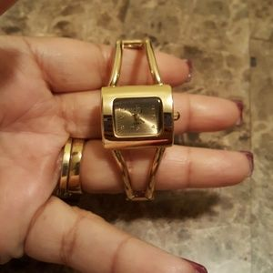 Ladies Goldtone Watch