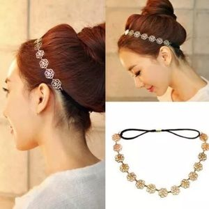 Accessories - Flower headband/necklace