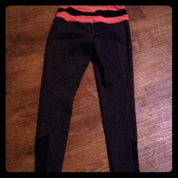Lucy Yoga Pants Peach Black And Grey