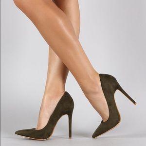 shoe republic la Shoes - Shoe Republic LA Pointy Toe Pump Olive Khaki