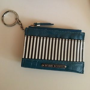 henri bendel Handbags - Henri Bendel Keychain Card Holder