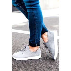 Shoes - 🆕 Gray Faux Suede Slip on Sneakers