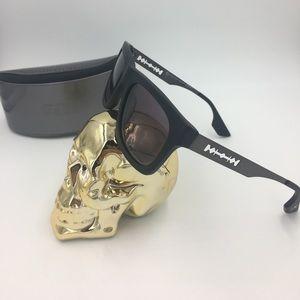 Alexander McQueen Accessories - Alexander McQueen Razor blade sunglasses