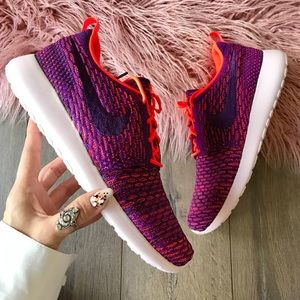 Nike Shoes - NWT Nike roshe one Flyknit