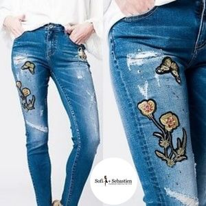 Denim - Embroidered distressed ankle skinny jeans