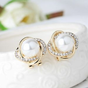 Jewelry - Galaxy 14 Golden Crystal Pearl Stud Earrings