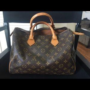 Louis Vuitton Handbags - Excellent Condition Louis Vuitton Speedy 30