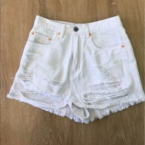 American Threads Pants - American Threads white high waisted shorts. Size S
