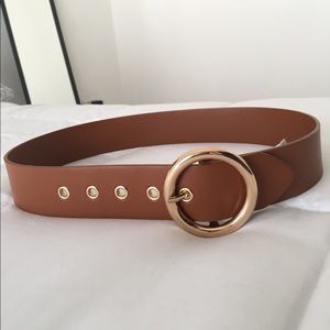 Accessories - Camel waist belt