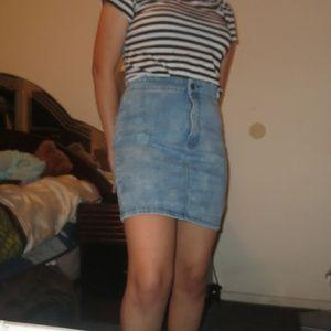 Denim Pencil Mini Skirt // American Eagle